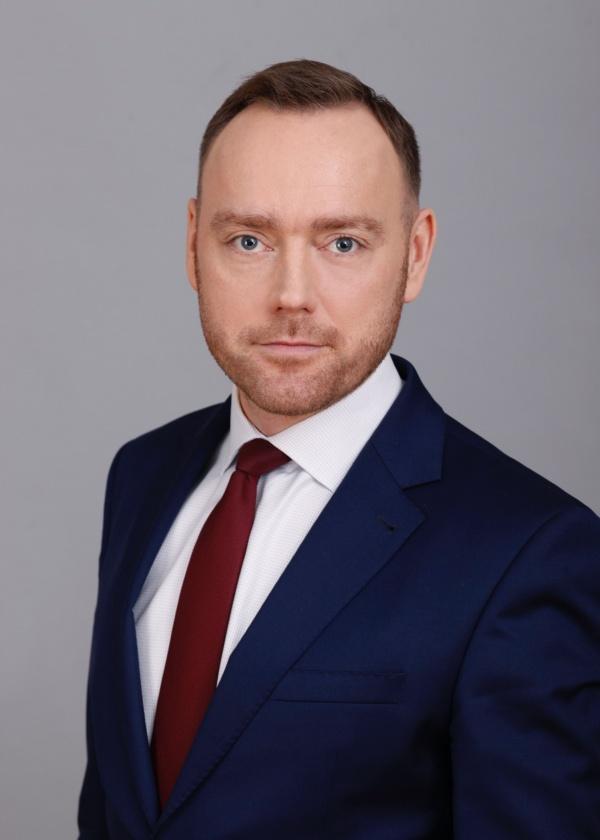 Dr Paweł Modrzyński